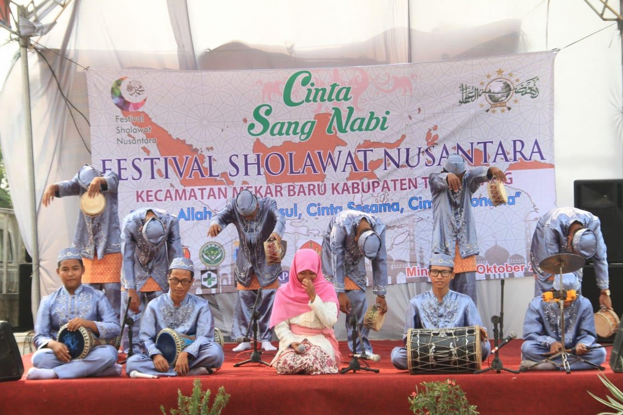 Festival Sholawat Nusantara Syiar Islam Bagi Generasi Milenial