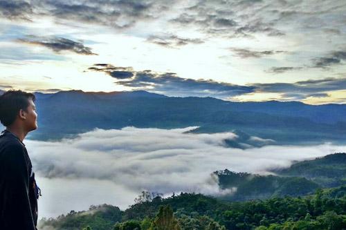 Pesona Alam Gunung Luhur Lebak Punya Negeri Di Atas Awan Bantensatu