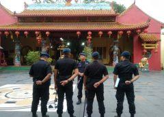 Jelang Imlek, Brimob Polda Banten Terjunkan Tim Jibom ke Vihara