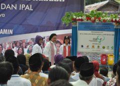 Kunjungi Pembangunan Jamban, Iriana Jokowi: Tolong Dijaga!